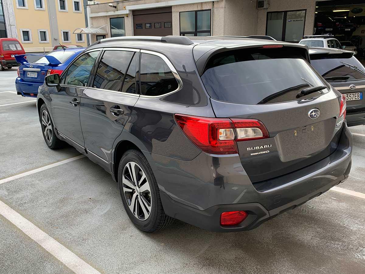 Subaru Outback 2,5i Premium Lineartronic
